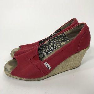 Toms red peep toe wedge sandals sz 9 espadrilles